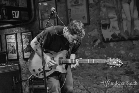 Maestro Maya @ Three Links. Photo by Corey Smith.